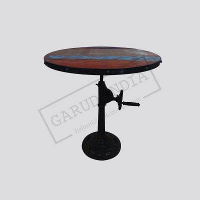 Industrial adjustable height table