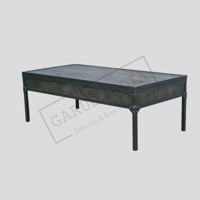 Adjustable height iron coffee table