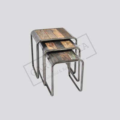 Industrial retro nesting table